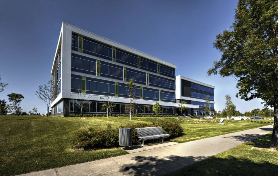 Broccolini Corporate Centre Saint-Laurent 1