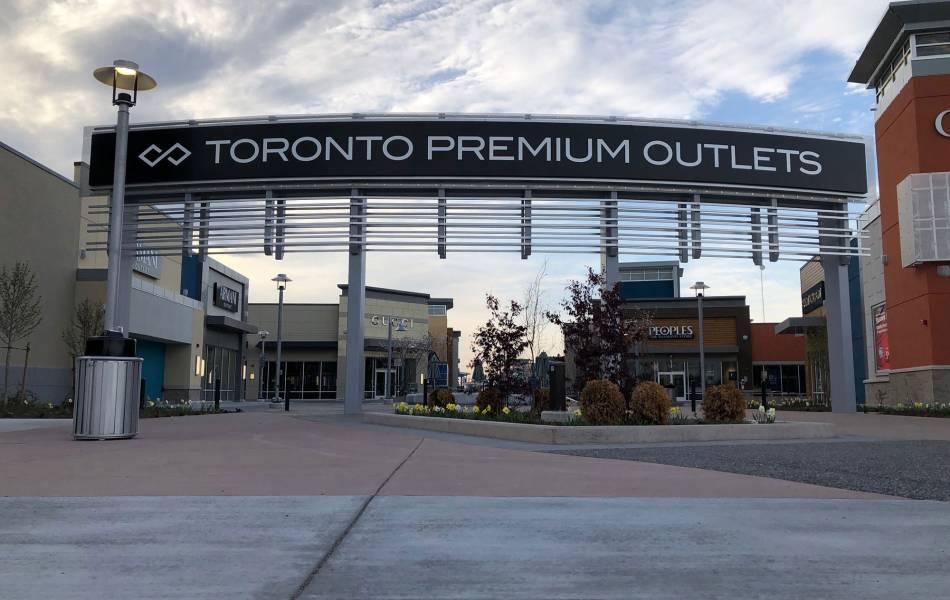 Premium Outlets - Toronto